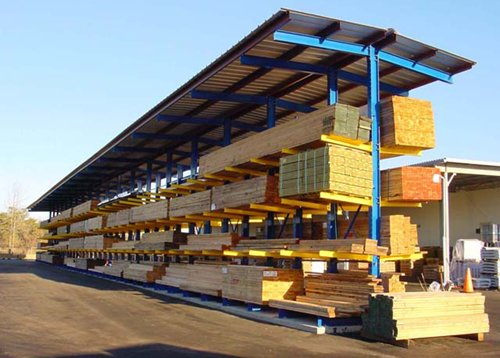 Cantilever storage system for timber